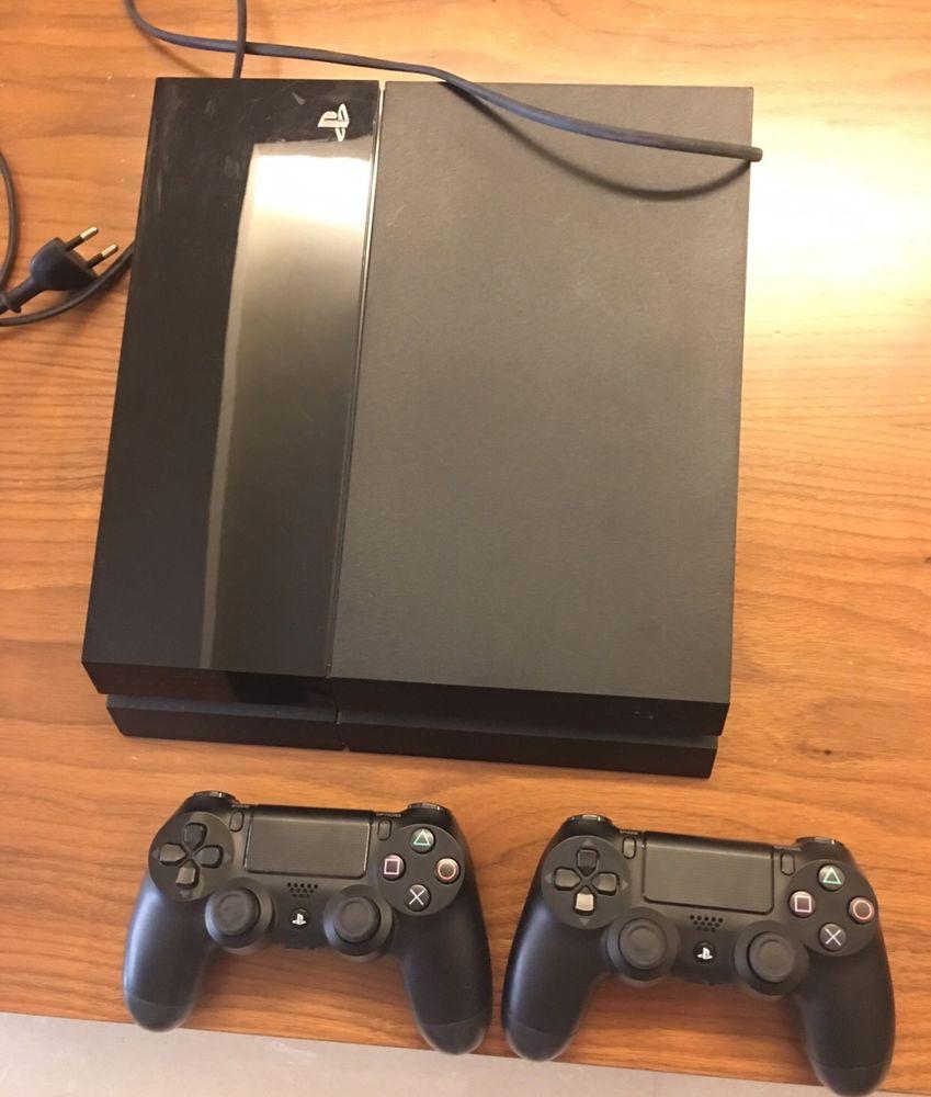 PS4 + 2 manettes + 1 jeux